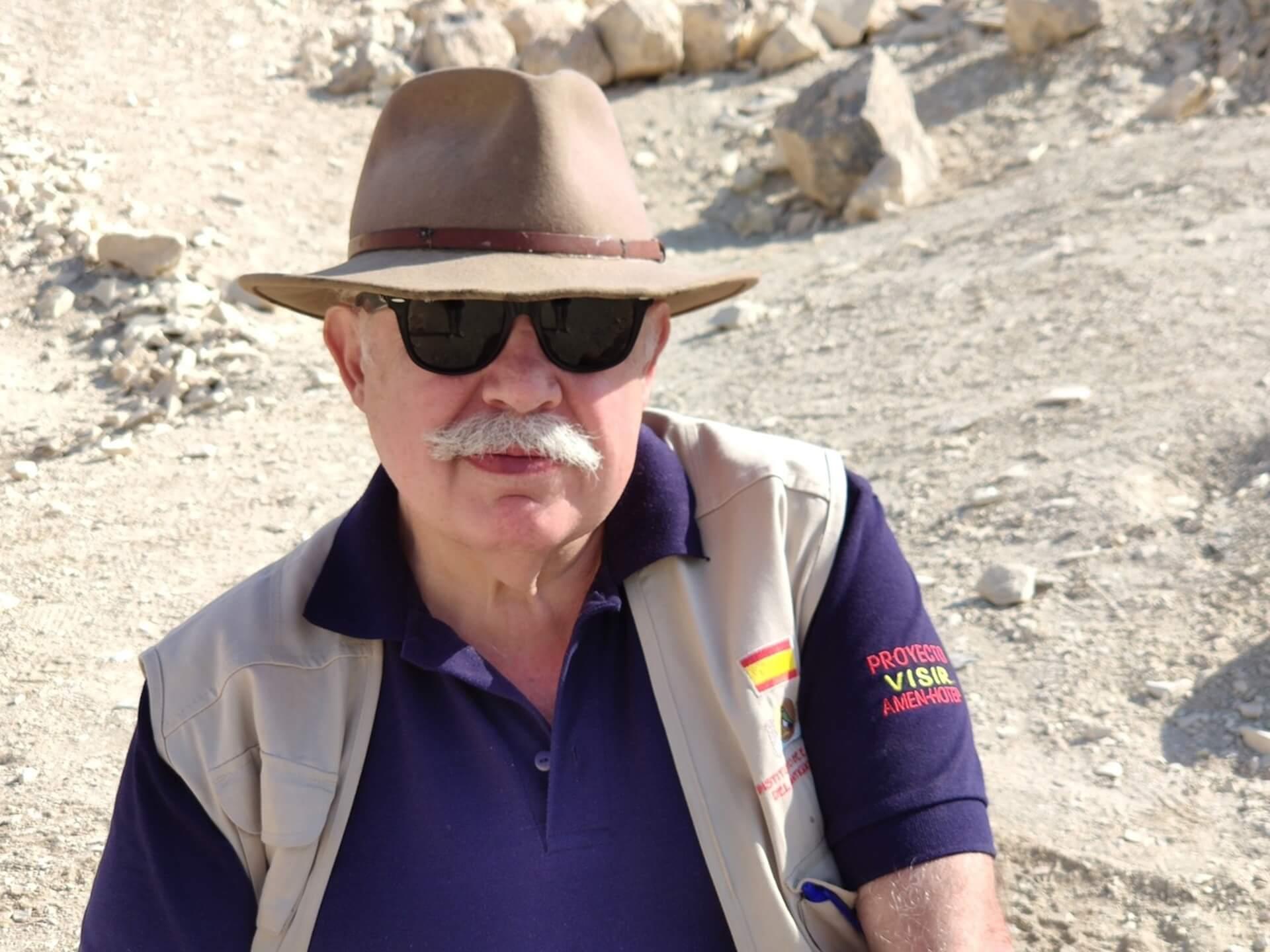 Francisco J. Martín Valentín Instituto de Estudios del Antiguo Egipto Misión Arqueológica Española Proyecto Visir Amen-Hotep Huy