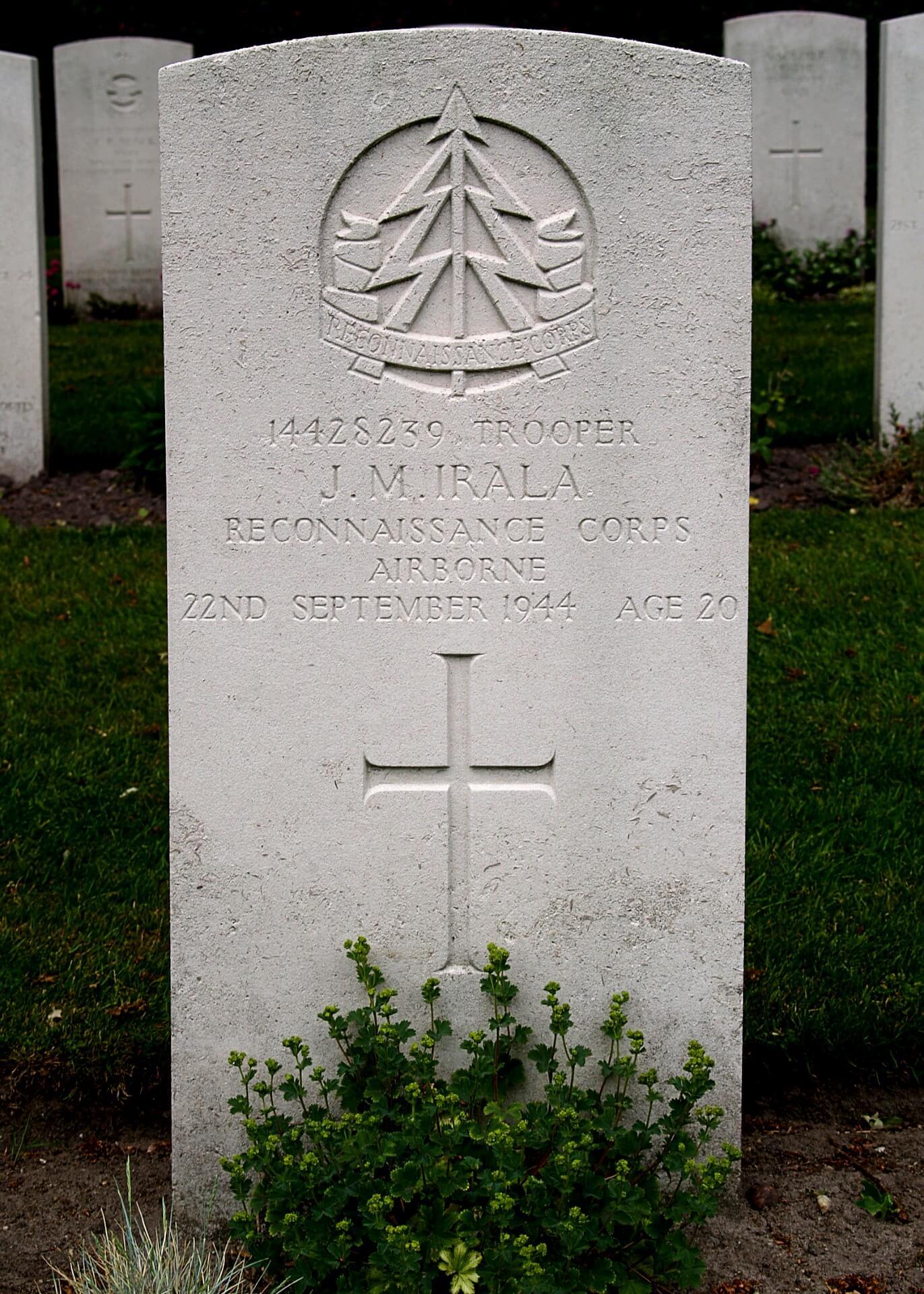 tumba de José María Irala cementerio de guerra de la Commonwealth de Arnhem/Oosterbeek